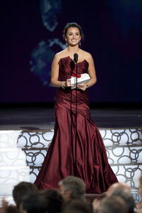 """""""The Academy Awards - 82nd Annual"""" (Telecast)Penelope Cruz3-7-2010Photo by Michael Yada © 2010 A.M.P.A.S. - Image 23908_0287"""