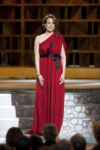 """""""The Academy Awards - 82nd Annual"""" (Telecast)Sigourney Weaver3-7-2010Photo by Michael Yada © 2010 A.M.P.A.S. - Image 23908_0298"""