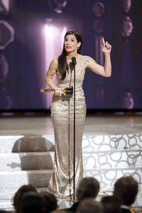 """""""The Academy Awards - 82nd Annual"""" (Telecast)Sandra Bullock3-7-2010Photo by Michael Yada © 2010 A.M.P.A.S. - Image 23908_0309"""