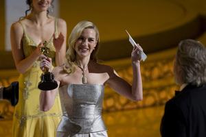 """The Academy Awards - 82nd Annual"" (Telecast)Kate Winslet, Jeff Bridges3-7-2010Photo by Matt Petit © 2010 A.M.P.A.S. - Image 23908_0317"