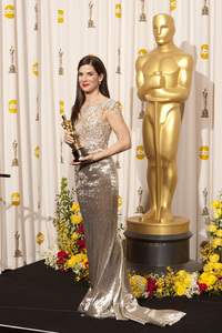 """""""The Academy Awards - 82nd Annual"""" (Press Room)Sandra Bullock3-7-2010Photo by Rick Salyer © 2010 A.M.P.A.S. - Image 23908_0389"""