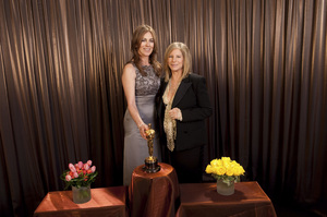 """""""The Academy Awards - 82nd Annual"""" (Backstage)Kathryn Bigelow, Barbra Steisand3-7-2010Photo by Todd Wawrychuk © 2010 A.M.P.A.S. - Image 23908_0449"""