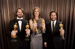 """""""The Academy Awards - 82nd Annual"""" (Backstage)Mark Boal, Kathryn Bigelow, Greg Shapiro3-7-2010Photo by Todd Wawrychuk © 2010 A.M.P.A.S. - Image 23908_0452"""