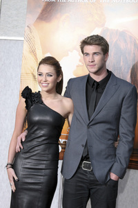 """""""The Last Song"""" PremiereMiley Cyrus, Liam Hemsworth3-25-2010 / Arclight Theater / Hollywood CA / Touchstone Pictures / Photo by Heather Hixon - Image 23914_0154"""