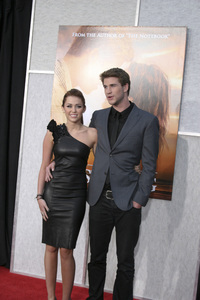 """""""The Last Song"""" PremiereMiley Cyrus, Liam Hemsworth3-25-2010 / Arclight Theater / Hollywood CA / Touchstone Pictures / Photo by Heather Hixon - Image 23914_0158"""