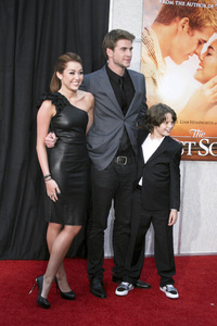 """""""The Last Song"""" PremiereMiley Cyrus, Liam Hemsworth, Bobby Coleman3-25-2010 / Arclight Theater / Hollywood CA / Touchstone Pictures / Photo by Heather Hixon - Image 23914_0162"""