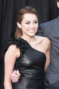 """""""The Last Song"""" PremiereMiley Cyrus3-25-2010 / Arclight Theater / Hollywood CA / Touchstone Pictures / Photo by Heather Hixon - Image 23914_0164"""