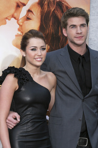 """""""The Last Song"""" PremiereMiley Cyrus, Liam Hemsworth3-25-2010 / Arclight Theater / Hollywood CA / Touchstone Pictures / Photo by Heather Hixon - Image 23914_0166"""