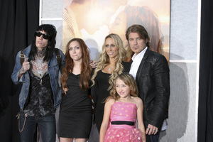 """The Last Song"" PremiereTrace Cyrus, Brandi Cyrus, Noah Lindsey Cyrus, Tish Cyrus, Billy Ray Cyrus3-25-2010 / Arclight Theater / Hollywood CA / Touchstone Pictures / Photo by Heather Hixon - Image 23914_0178"