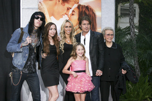 """The Last Song"" PremiereTrace Cyrus, Brandi Cyrus, Noah Lindsey Cyrus, Tish Cyrus, Billy Ray Cyrus, Loretta Finley3-25-2010 / Arclight Theater / Hollywood CA / Touchstone Pictures / Photo by Heather Hixon - Image 23914_0180"