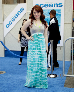 """Oceans"" PremiereJennifer Stone4-17-2010 / El Capitan Theater / Los Angeles CA / Walt Disney Studios / Photo by Annabel Park - Image 23920_0106"