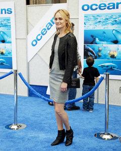 """Oceans"" PremiereAmber Valletta4-17-2010 / El Capitan Theater / Los Angeles CA / Walt Disney Studios / Photo by Annabel Park - Image 23920_0139"