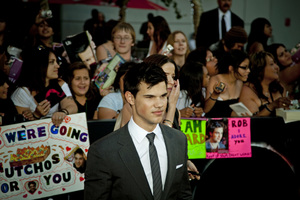 """""""The Twilight Saga: Eclipse"""" Premiere Taylor Lautner6-24-2010 / Nokia Theater at L.A. Live / Los Angeles CA / Summit Entertainment / Photo by Annabel Park - Image 23941_0129"""