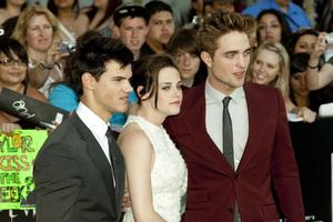 """The Twilight Saga: Eclipse"" Premiere Taylor Lautner, Kristen Stewart, Robert Pattinson6-24-2010 / Nokia Theater at L.A. Live / Los Angeles CA / Summit Entertainment / Photo by Annabel Park - Image 23941_0137"
