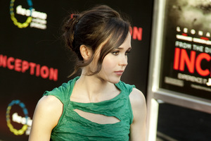"""Inception"" Premiere Ellen Page7-13-2010 / Grauman"
