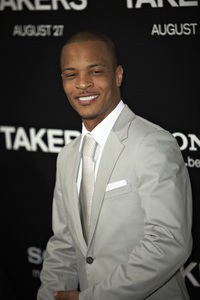 """""""Takers"""" Premiere T.I.8-4-2010 / ArcLight Cinerama Dome / Hollywood CA / Screen Gems / Photo by Benny Haddad - Image 23956_0047"""