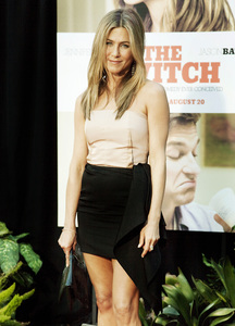 """The Switch"" Jennifer Aniston8-16-2010 / ArcLight Theater / Hollywood CA / Miramax Films / Photo by Annabel Park - Image 23966_0054"