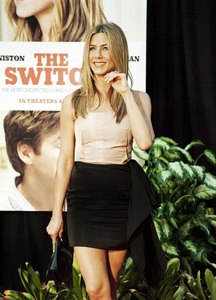 """The Switch"" Jennifer Aniston8-16-2010 / ArcLight Theater / Hollywood CA / Miramax Films / Photo by Annabel Park - Image 23966_0057"