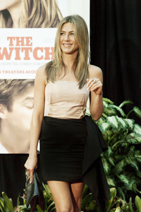 """The Switch"" Jennifer Aniston8-16-2010 / ArcLight Theater / Hollywood CA / Miramax Films / Photo by Annabel Park - Image 23966_0060"