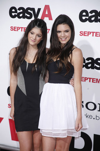 """""""Easy A"""" Premiere Kylie Jenner, Kendall Jenner9-13-2010 / Grauman"""