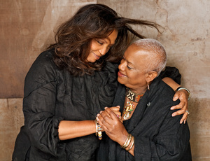 Varnette P. Honeywood and LaKeeta Harris 2009 © 2009 Bobby Holland - Image 23973_0025