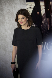 """Big Love"" PremiereJeanne Tripplehorn1-12-2011 / Directors Guild of America / Hollywood CA / HBO / Photo by Imeh Akpanudosen - Image 24003_0096"