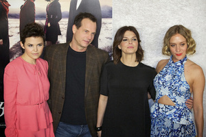 """Big Love"" PremiereGinnifer Goodwin, Bill Paxton, Jeanne Tripplehorn, Chloe Sevigny1-12-2011 / Directors Guild of America / Hollywood CA / HBO / Photo by Imeh Akpanudosen - Image 24003_0175"