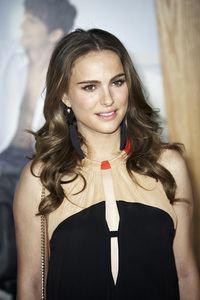 """""""No Strings Attached"""" PremiereNatalie Portman1-11-2011 / Regency Village Theater / Westwood CA / Paramount Pictures / Photo by Benny Haddad - Image 24006_0016"""