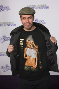 """""""Justin Bieber: Never Say Never"""" Premiere Perez Hilton 2-8-2011 / Nokia Theater L.A. Live / Paramount Pictures / Los Angeles CA / Photo by Imeh Akpanudosen - Image 24016_0262"""