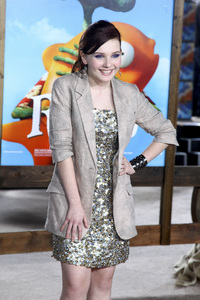 """Rango"" Premiere Abigail Breslin 2-14-2011 / Paramount Studios / Village Theater / Los Angeles CA / Photo by Imeh Akpanudosen - Image 24022_0255"