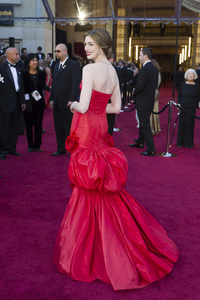 """""""The Academy Awards - 83rd Annual"""" (Arrivals) Anne Hathaway02-27-2011 Photo by Darren Decker © 2011 A.M.P.A.S. - Image 24036_0012"""