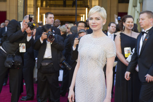 """""""The Academy Awards - 83rd Annual"""" (Arrivals) Michelle Williams02-27-2011 Photo by Darren Decker © 2011 A.M.P.A.S. - Image 24036_0053"""