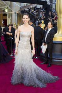 """""""The Academy Awards - 83rd Annual"""" (Arrivals) Hilary Swank02-27-2011 Photo by Darren Decker © 2011 A.M.P.A.S. - Image 24036_0063"""
