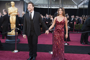 """""""The Academy Awards - 83rd Annual"""" (Arrivals) Javier Bardem, Penelope Cruz02-27-2011 Photo by Ivan Vejar © 2011 A.M.P.A.S. - Image 24036_0108"""