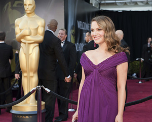 """The Academy Awards - 83rd Annual"" (Arrivals) Natalie Portman02-27-2011 Photo by Ivan Vejar © 2011 A.M.P.A.S. - Image 24036_0111"