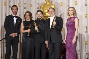 """The Academy Awards - 83rd Annual"" (Press Room) Lora Hirschberg, Gary A. Rizzo, Ed Novick, Matthew McConaughey, Scarlett Johansson2-27-2011Photo by Rick Salyer © 2011 A.M.P.A.S. - Image 24036_0273"