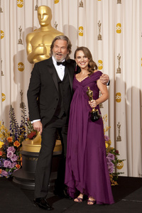 """The Academy Awards - 83rd Annual"" (Press Room) Jeff Bridges, Natalie Portman2-27-2011Photo by Rick Salyer © 2011 A.M.P.A.S. - Image 24036_0289"