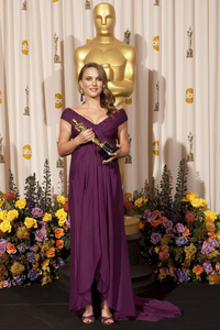 """""""The Academy Awards - 83rd Annual"""" (Press Room) Natalie Portman2-27-2011Photo by Rick Salyer © 2011 A.M.P.A.S. - Image 24036_0291"""