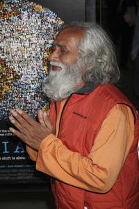"""I Am"" Premiere Swami Shantanand Saraswati 3-8-2011 / Paladin / ArcLight / Hollywood CA / Photo by Imeh Akpanudosen - Image 24039_0034"