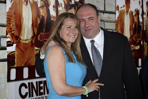 """Cinema Verite"" Premiere Lorraine Bracco, James Gandolfini4-11-2011 / Paramount Theater / Hollywood CA / HBO / Photo by Imeh Akpanudosen - Image 24046_0199"