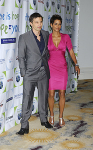 """""""Jenesse Silver Rose Luncheon""""     Olivier Martinez, Halle Berry4-17-2011 / Beverly Hills Hotel / Beverly Hills CA / Photo by Gary Lewis - Image 24054_0009"""