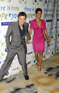 """""""Jenesse Silver Rose Luncheon""""     Olivier Martinez, Halle Berry4-17-2011 / Beverly Hills Hotel / Beverly Hills CA / Photo by Gary Lewis - Image 24054_0010"""