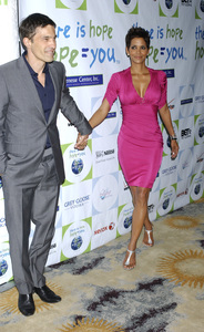 """""""Jenesse Silver Rose Luncheon""""     Olivier Martinez, Halle Berry4-17-2011 / Beverly Hills Hotel / Beverly Hills CA / Photo by Gary Lewis - Image 24054_0012"""