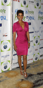 """Jenesse Silver Rose Luncheon""     Halle Berry4-17-2011 / Beverly Hills Hotel / Beverly Hills CA / Photo by Gary Lewis - Image 24054_0027"