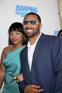 """Jumping the Broom"" Premiere Michelle McCain, Mike Epps5-4-2011 /ArcLight Cinerama Dome / Hollywood CA / Sony Pictures / Photo by Imeh Akpanudosen - Image 24060_0180"