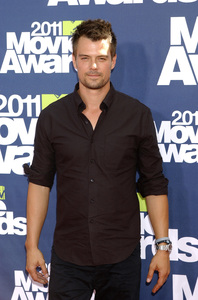 """MTV Movie Awards 2011""Josh Duhamel 6-5-2011 / Gibson Ampitheater / Hollywood CA / MTV / Photo by Gary Lewis - Image 24071_0022"