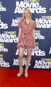 """MTV Movie Awards 2011""Elle Fanning6-5-2011 / Gibson Ampitheater / Hollywood CA / MTV / Photo by Gary Lewis - Image 24071_0025"