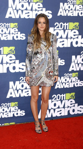 """""""MTV Movie Awards 2011""""Leighton Meester 6-5-2011 / Gibson Ampitheater / Hollywood CA / MTV / Photo by Gary Lewis - Image 24071_0049"""