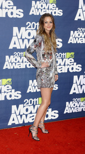 """""""MTV Movie Awards 2011""""Leighton Meester 6-5-2011 / Gibson Ampitheater / Hollywood CA / MTV / Photo by Gary Lewis - Image 24071_0050"""