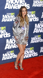 """""""MTV Movie Awards 2011""""Leighton Meester 6-5-2011 / Gibson Ampitheater / Hollywood CA / MTV / Photo by Gary Lewis - Image 24071_0053"""